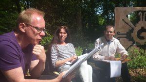 groep schrijft buiten