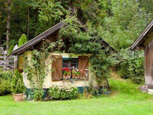 Wie geen tuin heeft met een tuinhuisje kan nooit een echte schrijver worden
